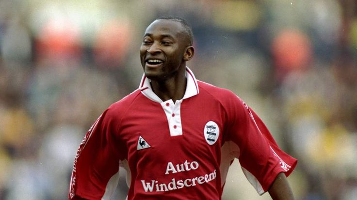 Peter Ndlovu of Birmingham City celebrates