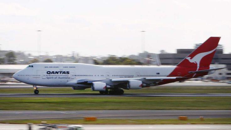 A Qantas A380 departs from Sydney Intern