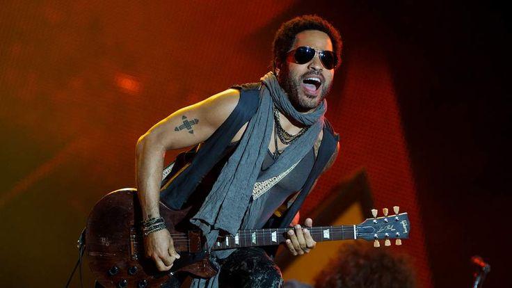 Lenny Kravitz on stage in Madrid