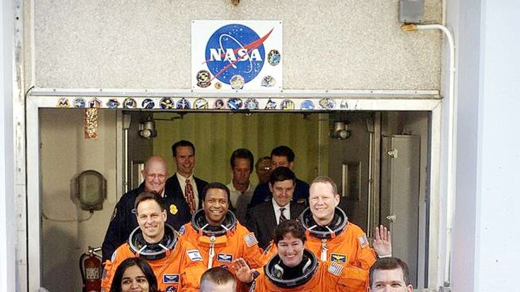 Columbia crew boards the shuttle