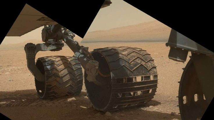 Composite image of rover driving over Martian sand (Nasa/JPL-Caltech/MSSS)