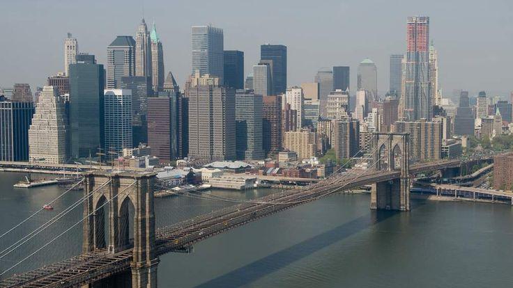 The Brooklyn Bridge, lower Manhattan