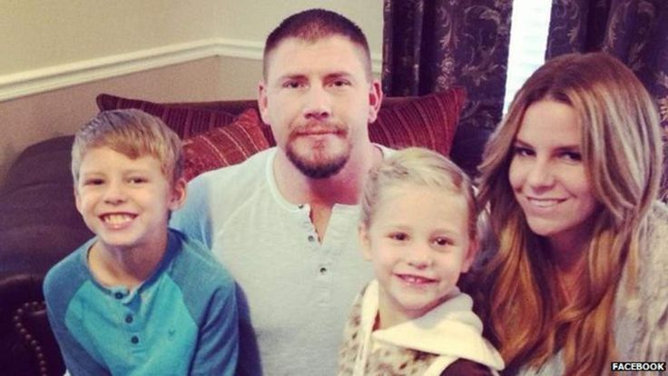 Boren, his wife Kelly and two children, Joshua, 7, and Haley, 5.