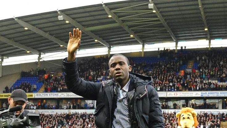 Fabrice Muamba takes to the pitch before Bolton v Spurs