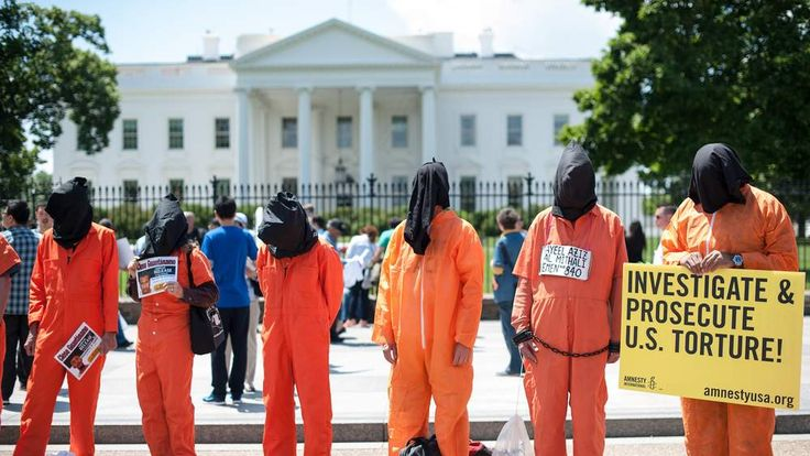 US-ATTACKS-GUANTANAMO-PROTEST