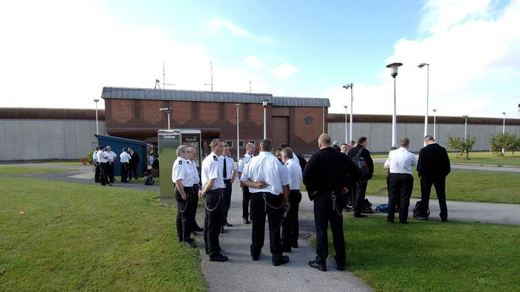 Prisoners charged with imprisoning officer