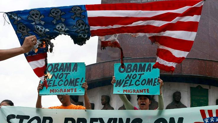 Activists chant anti-US slogans ahead of Obama's visit to Philippines