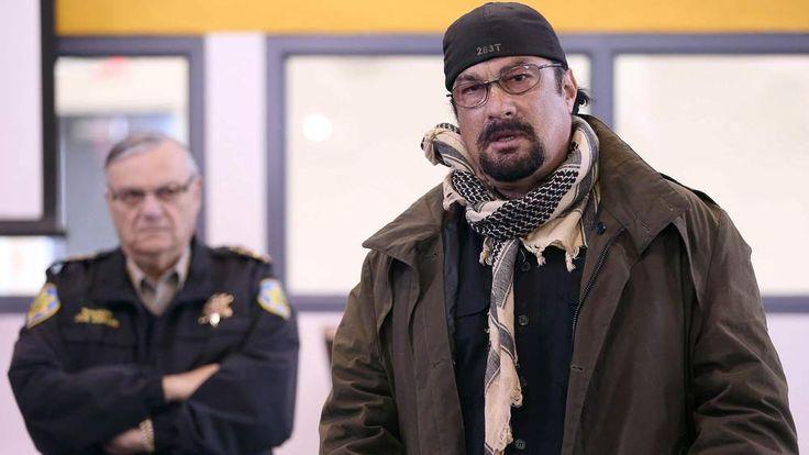 Steven Seagal trains Arizona school guards