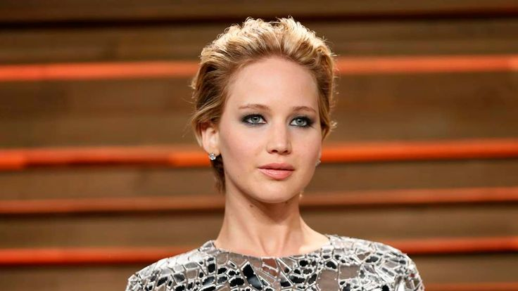Actress Jennifer Lawrence arrives at the 2014 Vanity Fair Oscars Party in West Hollywood