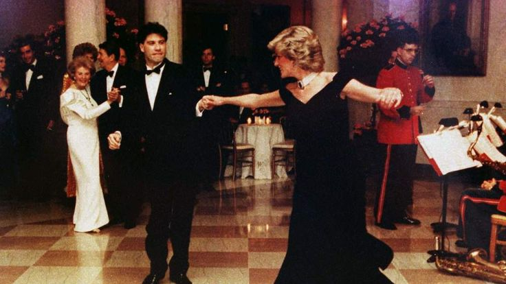 Princess Diana dances with John Travolta at the White House in 1985