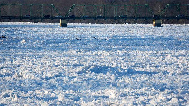 Ice flows jam the Delaware River in Trenton