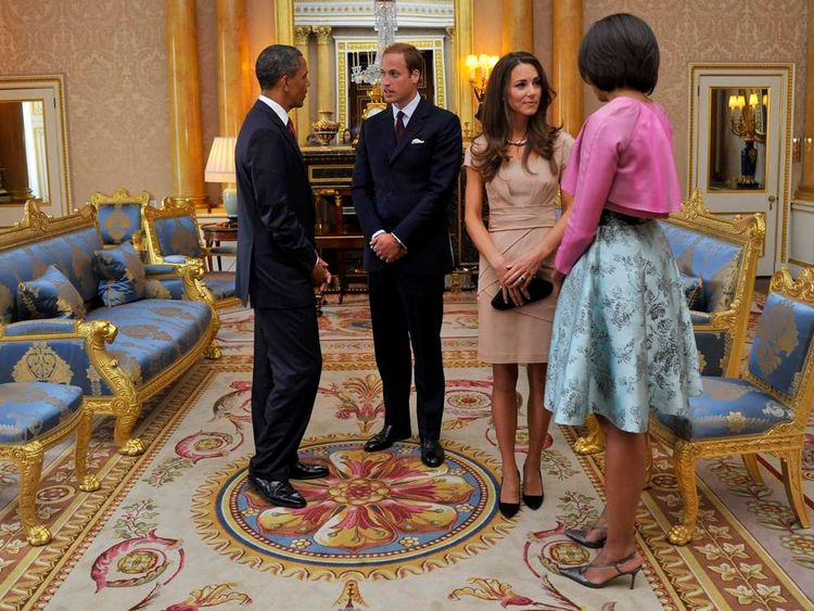 US President Barack Obama (L) and First Lady Michelle Obama (R) meet the Duke and Duchess of Cambridge in May 2011