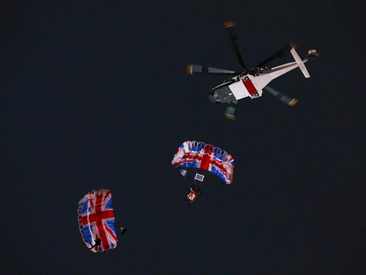 James Bond and the Queen parachuting in to the Olympic stadium