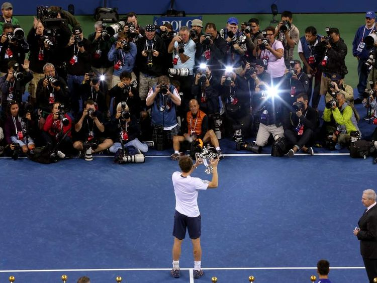 Andy Murray Shows Off US Open Trophy To Media