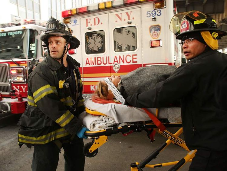 A commuter ferry has crashed into the dockside in Lower Manhattan in New York, injuring between 30 and 50 people.