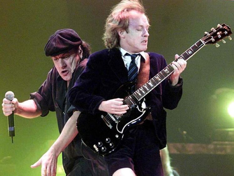AC/DC agree digital download deal