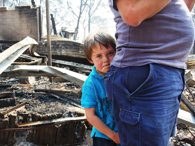 Residents Returned To Destroyed Homes As Bushfire Conditions Worsen In NSW