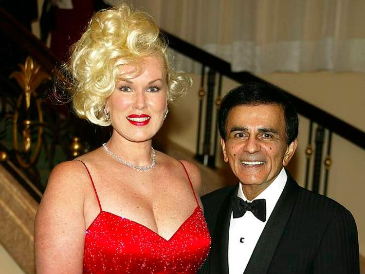 Casey Kasem with his wife Jean in 2003 at The Museum of Television & Radio's annual Los Angeles Gala
