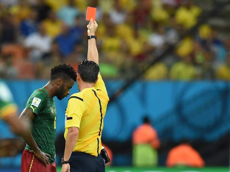 190614 WORLD CUP CAMEROON CROATIA ALEX SONG SENT OFF