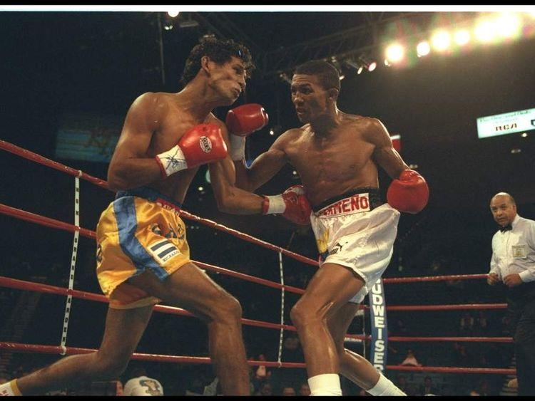 Antonio Cermeno (right) fights Eddie Saenz