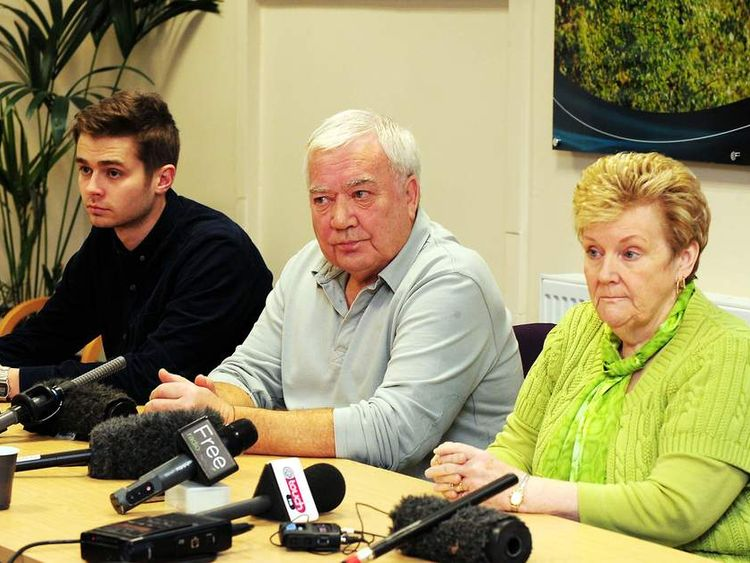 Actor George Evans with John and Marilyn Payne, parents of missing teenager Nicola Payne