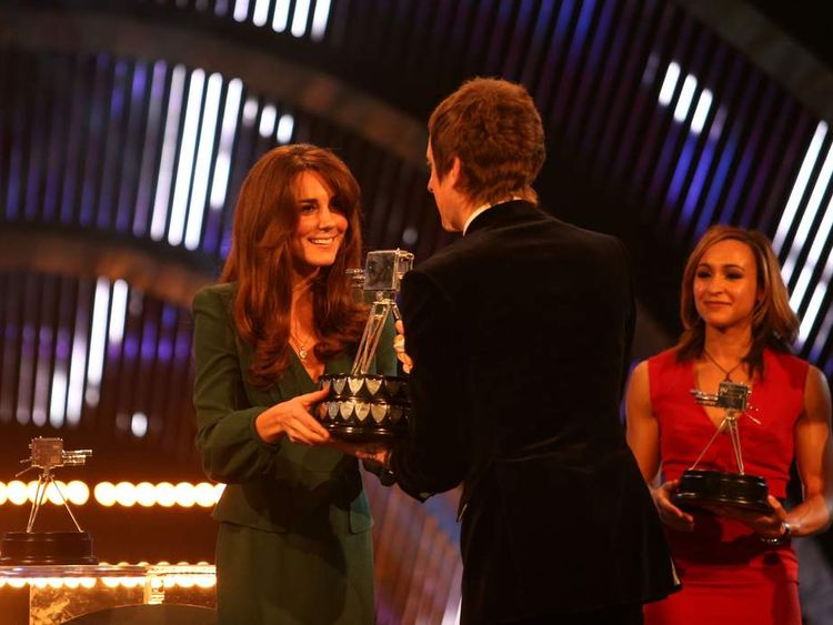Duchess of Cambridge presents award to Bradley Wiggins