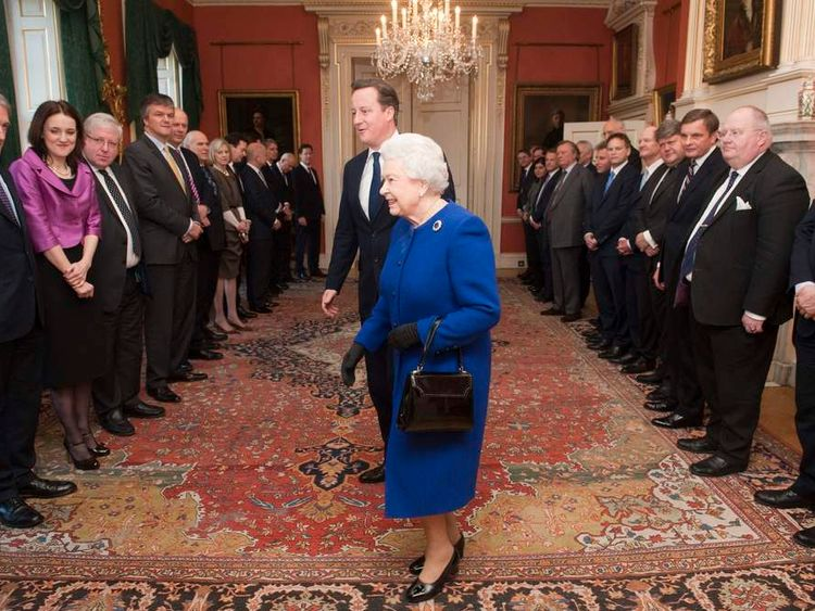 Queen attends Cabinet meeting
