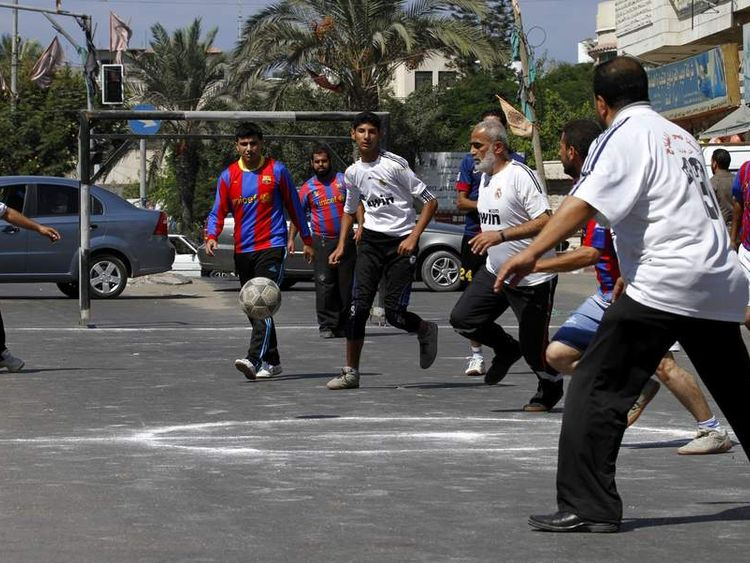 "Palestinians play alternative ""El Clasico"""