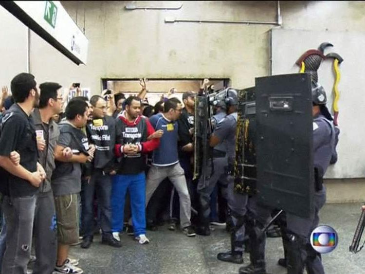 Protests in Sao Paulo ahead of World Cup