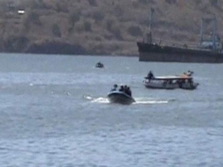 Boat carrying tourists sank in central Indonesia