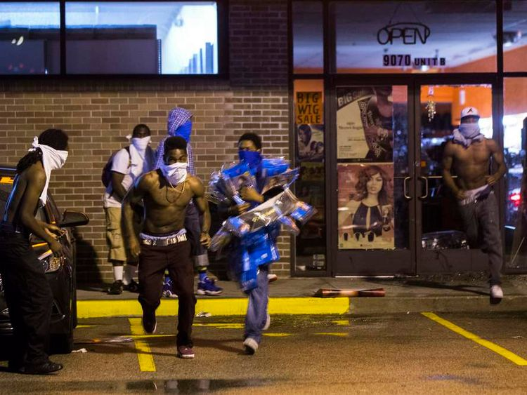 Looters in Ferguson, Missouri