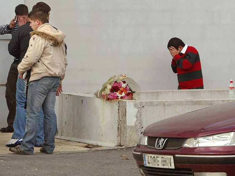 Families and relatives of one of the Spanish police who died near Bayonne