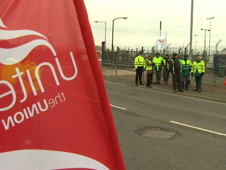 Tanker drivers on strike outside Grangemouth oil refinery
