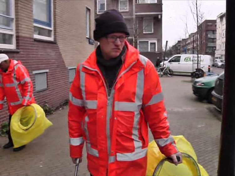 Amsterdam Alcoholics Paid In Beer To Clean Streets