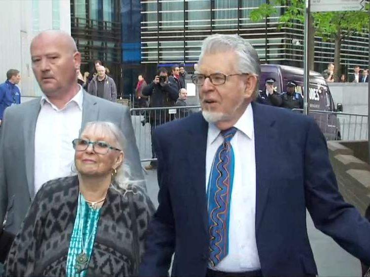 Rolf Harris court arrival