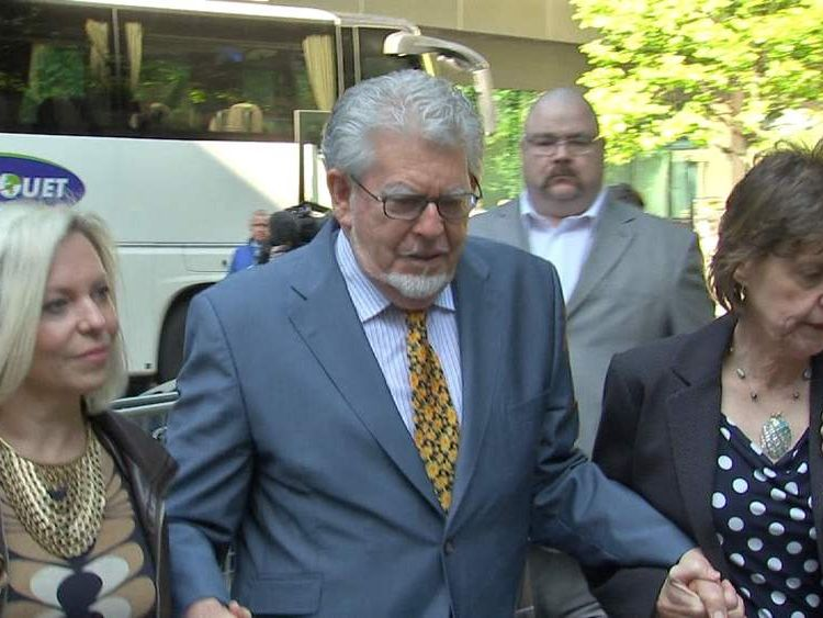 Rolf Harris court arrival