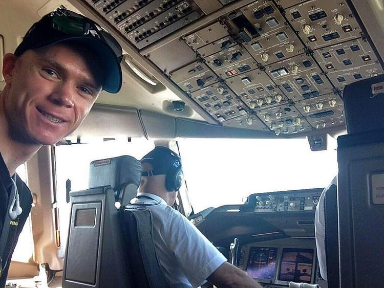 Chris Froome posts picture of him on plane before final Tour stage