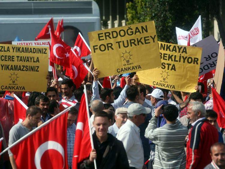 Supporters of Turkey Prime minister Tayyip Erdogan