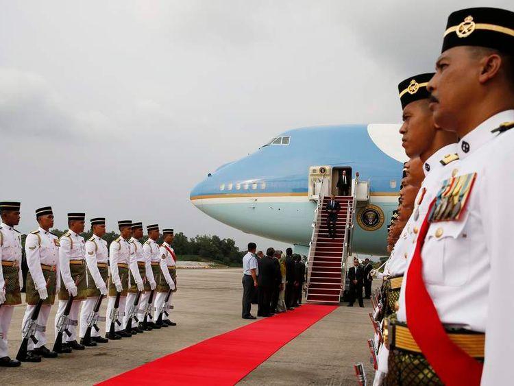 Obama arrives in Kuala Lumpur
