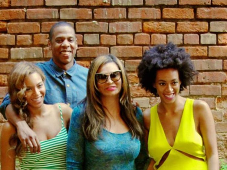 Beyonce with her family