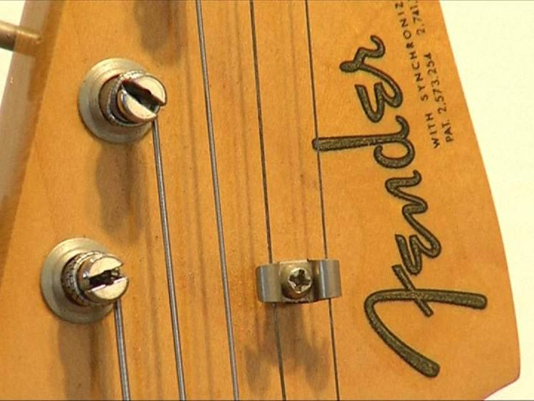 Bob Dylan guitar