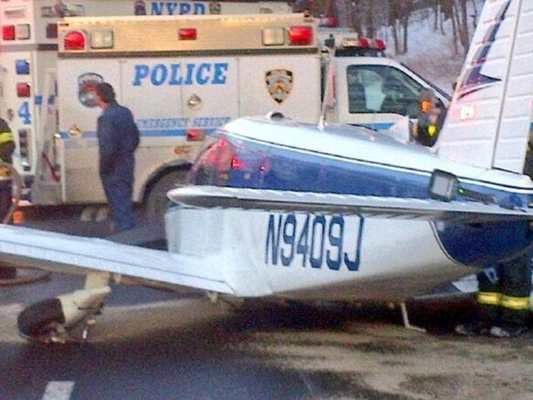 Small plane makes emergency landing on Bronx highway