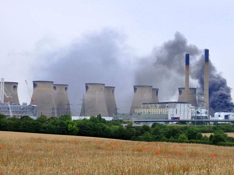 Ferrybridge power station blaze