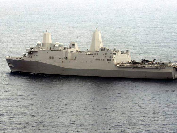 The U.S.S Mesa Verde takes part in FA Panamax 2009 in the Atlantic Ocean