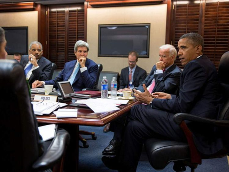 Obama meets with his National Security Staff to discuss Syria