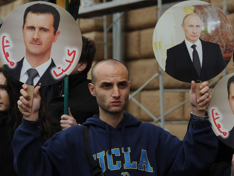A rally in support of the Syrian regime in front of the US Embassy in Moscow.