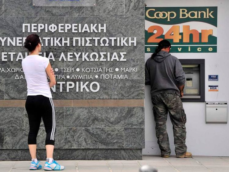 People trying to withdraw money in Cyprus