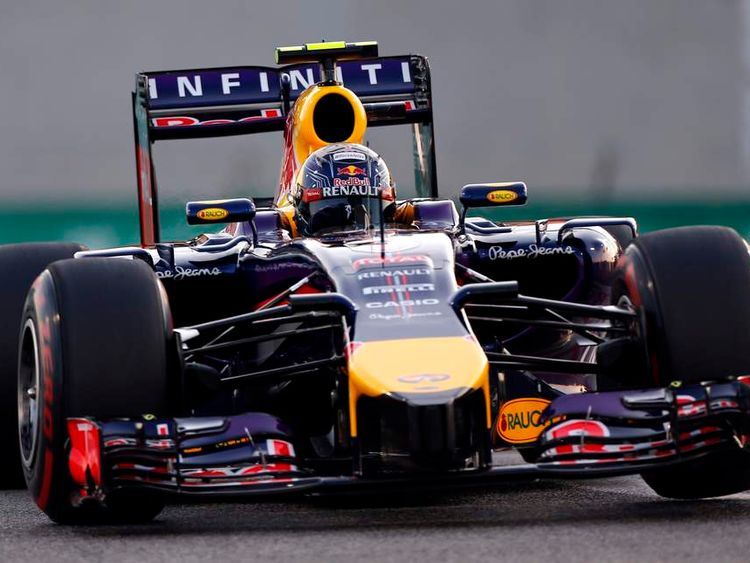 Red Bull F1 driver Ricciardo of Australia drives during the qualifying session of the Abu Dhabi F1 Grand Prix at the Yas Marina circuit in Abu Dhabi
