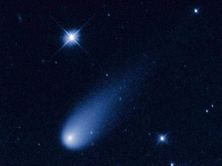 Comet ISON hurtling toward the Sun in time-lapse from NASA's Hubble Space Telescope