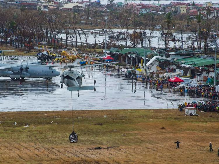 Rescue work continues in Tacloban after Typhoon